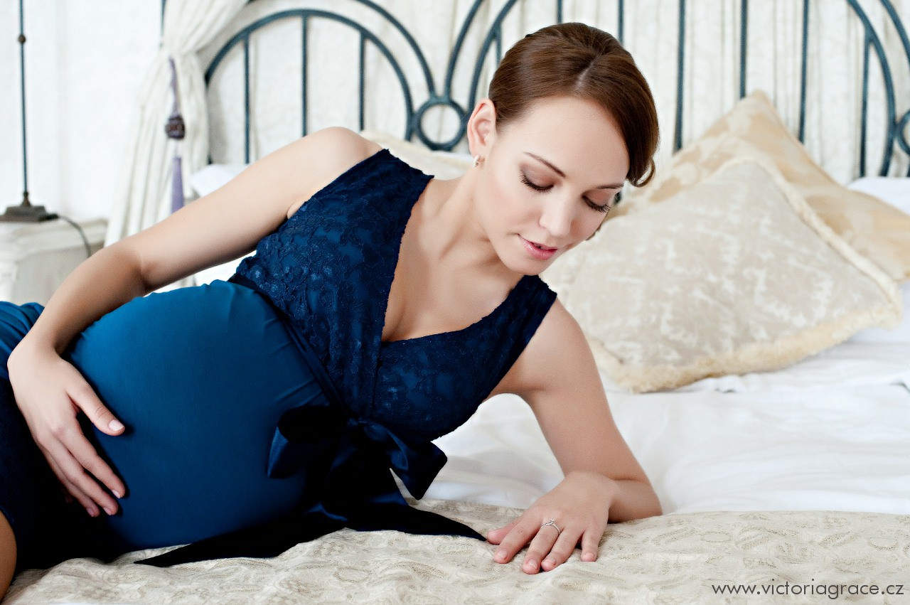 dce4cffd7a0 Těhotenské šaty Meghen Midnight Blue